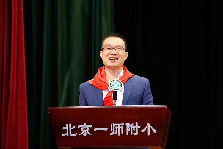 河北承德露露股份有限公司总经理鲁永明.JPG
